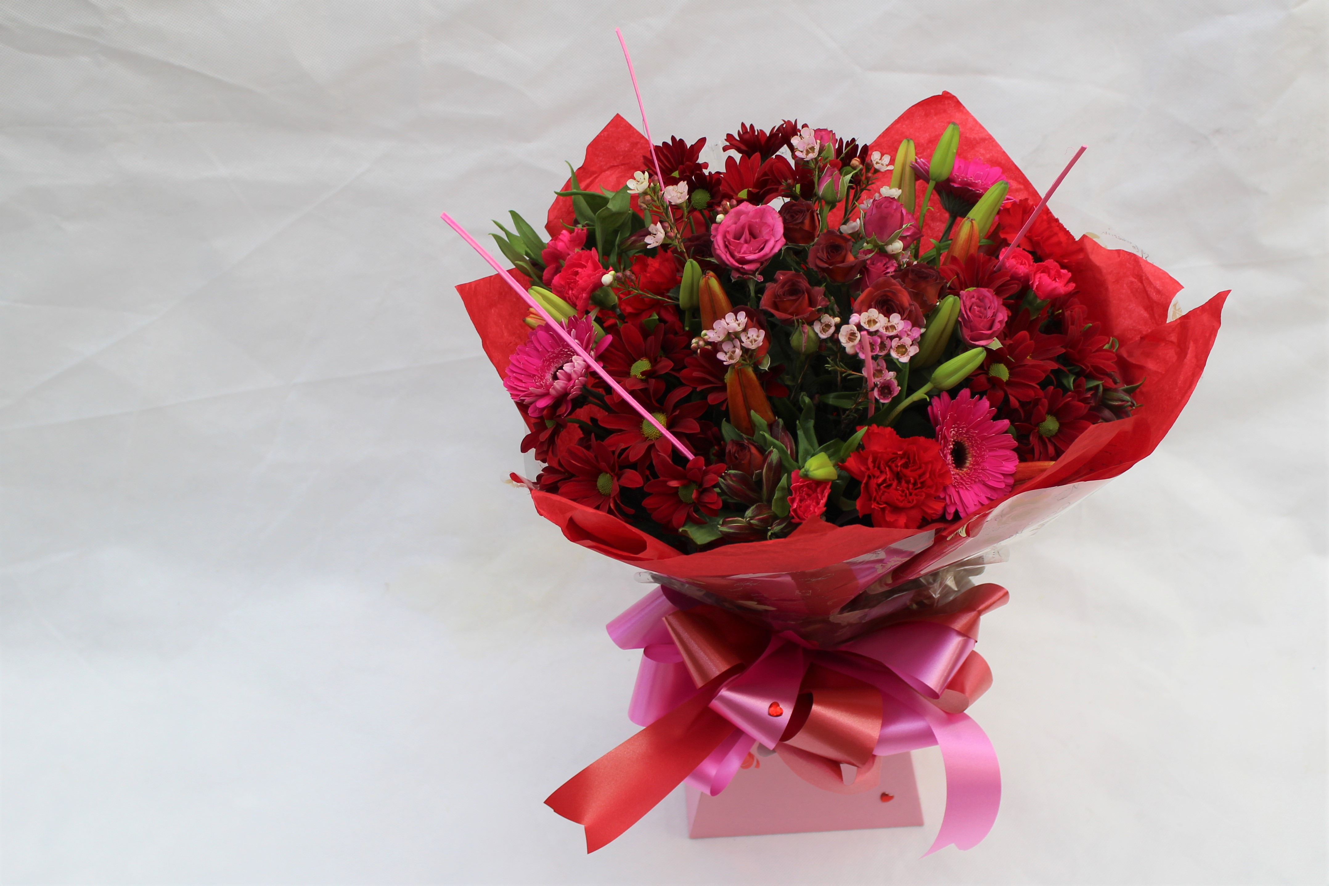 valentines Red and Pink romantic aqua pack bouquet