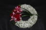 modern-twist-to-a-loose-funeral-wreath