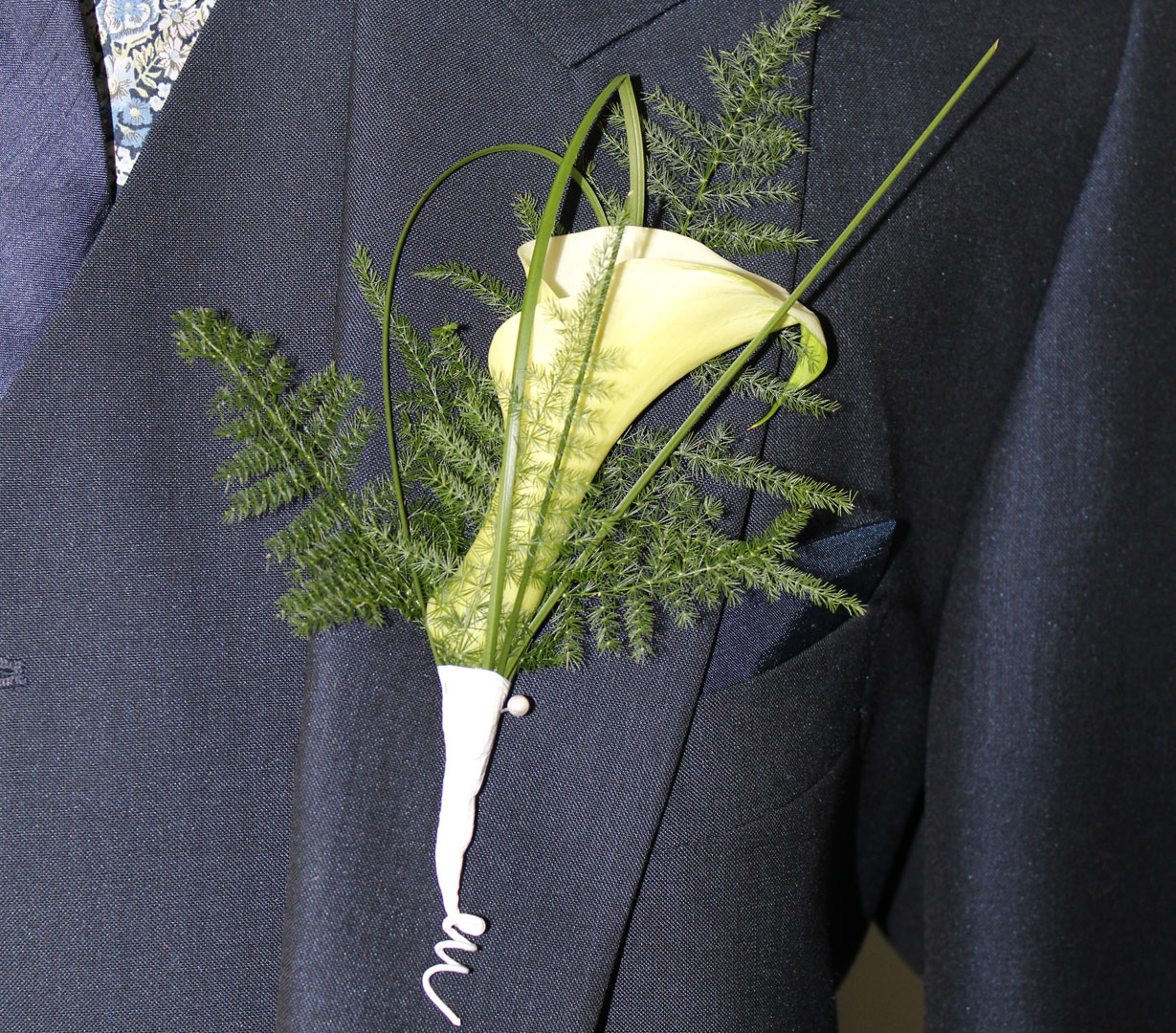 Single calla Lilly Buttonhole